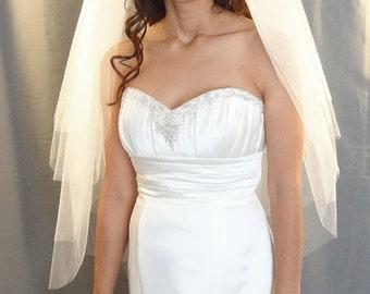 Wedding Veil, 4-Tier Layered Veil, Cut Edge Fingertip Length Veil