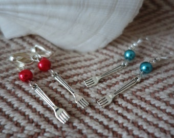Ariel inspired Earrings. Little Mermaid fork earrings. Disney jewellery. Mermaid earrings. Disney wedding. Turquoise or red available