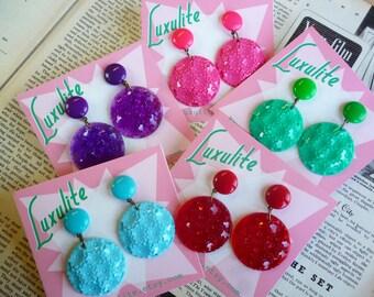 Spring Fling! 1950s vintage stock floral dangle earrings - Fabulous pinup handmade earrings by Luxulite