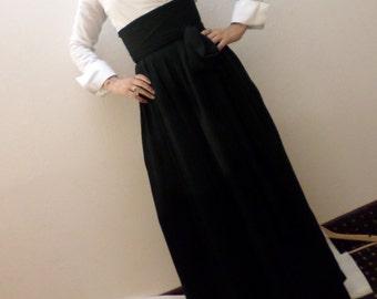 Vintage style high-waist pants / split skirt