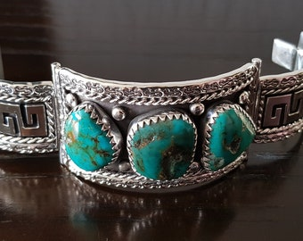 Arizona Turquoise big cabs bracelet with .925 Sterling Silver hadcarved bracelet handmade.