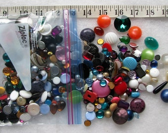Lot Of 100+ Loose Lucite & Glass Stones Jewelry Repair 7