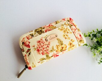 Wallet for women, Pink roses wallet, Fabric wallet handmade, Flowers wallet,Beige long wallet, Credit card wallet, coin purse, Gifts for her