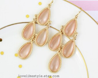 Blush Peach Stone with Light Gold Frame Chandelier Earrings , Bridal Earrings, Bridesmaid Earrings, Bridesmaid Gift