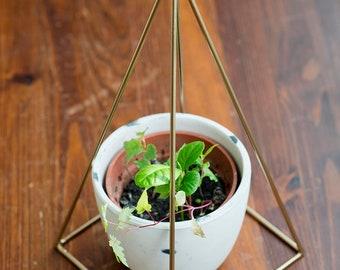 Copper Nubian Pyramid 15cm/5,9in For Re-Energising Food, Gem-Stones, Essential Oils. Original Housewarming Gift