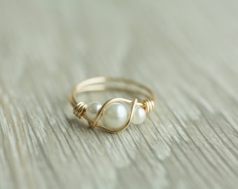 Handmade 3 pearls ring, gold or silver wrapped wire ring, 14k gold filled ring, pure silver pearl ring, bridesmaid gift, gift for her