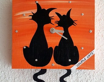 Pendulum Clock Couple Cats