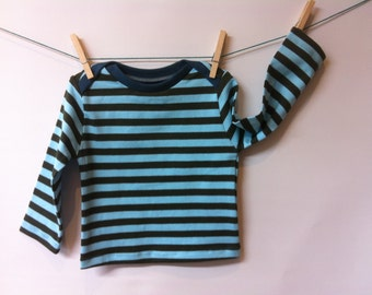 Striped longsleeve with envelope closure, mt 86