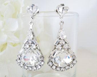Crystal bridal earrings, Swarovski crystal drop wedding earrings, Statement chandelier, Rhinestone earrings, Unique Hollywood glam earrings