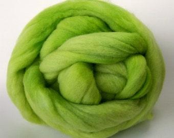 Celery Colonial Wool Top - 2 Ounces
