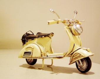 Vespa scooter miniature, metal scooter in cream, retro collectible bike