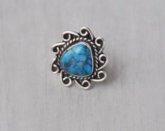 Vintage Sterling Silver Turquoise Ring - triangular stone with scroll border - Southwestern statement ring - Size 6
