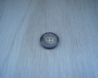 clear marbled Brown round button