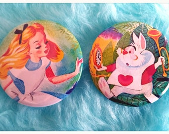 Alice In Wonderland 1.5 inches Buttons/Pinbacks/Badges,Alice in Wonderland pinback buttons,kawaii pinback,vintage pinback buttons,alice pins
