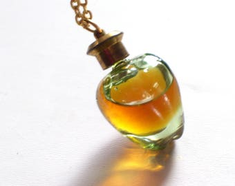 Green Apple Perfume Vial Necklace, Rare Vintage Green Glass Apple Perfume Vial Pendant Necklace, Teacher Gift, Max Factor Apple Musk Pendant