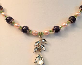 Amethyst and Freshwaater pearl Necklace