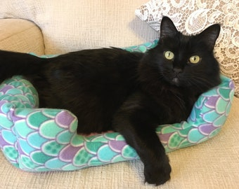 Mermaid Pet Bed for Cat / Small Dog