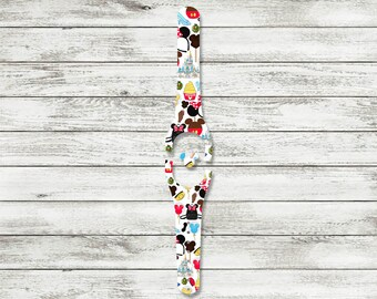 Fashionista Decal for Disney Magic Bands| MagicBand 1.0 or 2.0 Skin | Fits Both Adult & Child Bands | Castle, Balloons, Ears, Bow, Backpack