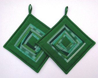 Kitchen Decor Quilted Pot Holders Quilted Potholders Quilted Hot Pads Green Fabric Pot Holders Patchwork Potholders  Gift Set of 2