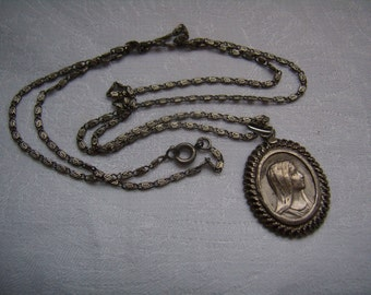 Antique French silver pendant Medal and chain, Mary, 2.5 / 2 cm