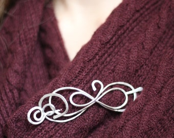 Beautiful Figure 8 shawl pin, sweater clip, silver brooch, scarf close, infinity hair slide, unique design, gift for her