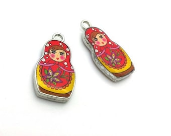 2 red yellow enamel silver matrioshka (bre577) Russian doll charms