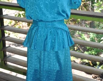 Classic 80's turquiose peplum dress