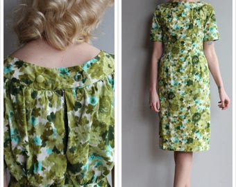 1950s Dress // Fresh Floral Sheath Dress // vintage 50s dress
