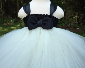Ivory and black girls tulle dress, black bow tie girls dress, bow tie wedding, girls tulle bow tie dress, black and ivory wedding