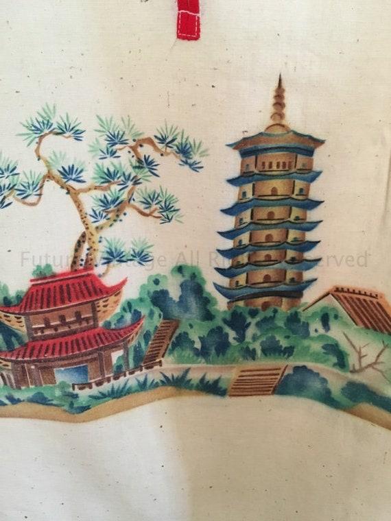 Vintage Hanging Lingerie Bag Asian Motif with Frog Closures
