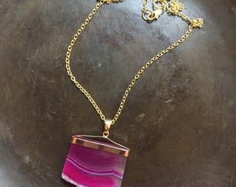 Hot pink agate slice necklace