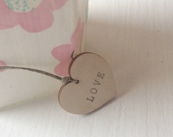 Wooden heart tags / set of 100 / love tags / wedding tags / small plywood tags / party favors