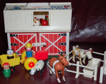 Vintage Fisher Price Little People 1967 Farm 915 with Barn Animals Chickens Cow Horse Tractor Farmer