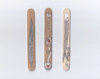 Wood Bookmarks with Unique Illustration [Animals, Cats, Fishes, Nature] - Set of 3