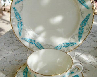 Lovely Teal Royal Worcester Tea Cup Trio Ferncroft Collection Ca 1961