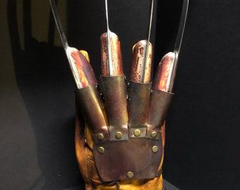 Freddy Krueger gloves