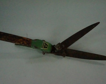 Vintage Garden Hand Shears, Grass Trimmers, Hand Trimmers, Clippers, Garden Shears, Greenhouse Tools, Ashton, Shed Tools, FREE SHIPPING