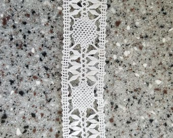 5 yards of vintage lace