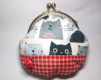 The Meows, cute cat handmade clasp purse, kisslock snap metal frame purse id170907 portefeuille, portmonnaie, change pouch