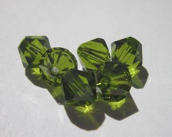 6 genuine swarovski 6 mm - olivine green (73) Crystal bicones