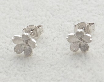 Pair of Dainty Cherry Blossom Stud Earrings in Sterling Silver Simplistic Design Flower Theme e17