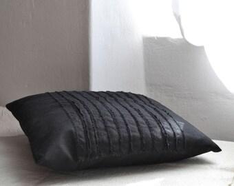 Linen cushion - black -