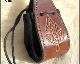 Fellowship of RPG pattern Celtic sheet / Celtic leaf / RPG dice purse / handmade