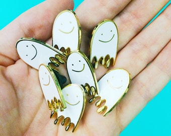 small lapel pin hard enamel ghost pin valentine gift for her cute brooch pin badge backpack pin gold metal tiny white ghost pin