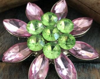 Vintage crystal rhinestone brooch in lavender pink and peridot