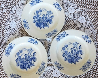 """Wade """"Meadow"""" Luncheon Plates - Set of 3"""