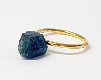 Raw Stone Jewelry, Something Blue, Raw Stone Ring, Raw Apatite, Blue Apatite Ring, Gift for Girlfriend, Rough Stone Ring, Gift for Women