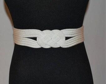Vintage knotted belt