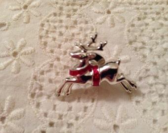 1980's Vintage Avon Reindeer Christmas Pin
