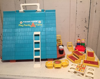 Vintage Fisher Price Play Family A Frame house # 990 excellent condition